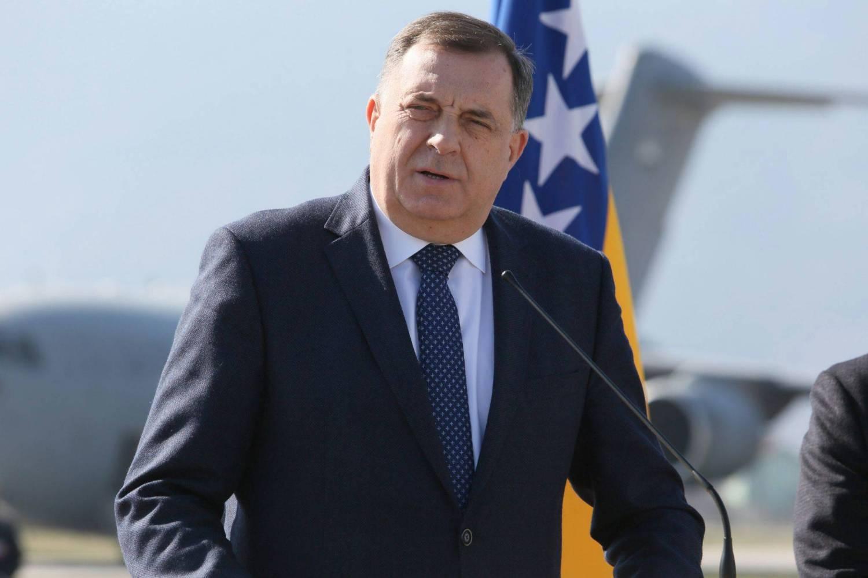 Dodik: Ako BiH ne može da funkcioniše u skladu sa Dejtonom, tražimo miran razlaz u BiH
