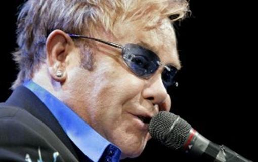 Elton Džon osudio Rusiju i istočnu Evropu zbog diskriminacije LGBT zajednice