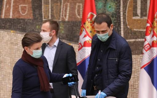 Na beogradski aerodrom sleteo još jedan avion sa medicinskom opremom iz Kine