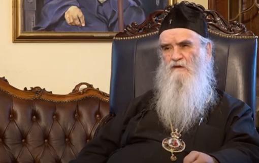 Amfilohije vernicima poručio da se pridržavaju zdravstvenih propisa