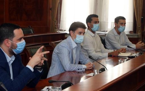 Premijerka s predstavnicima tržnih centara o novim epidemiološkim merama