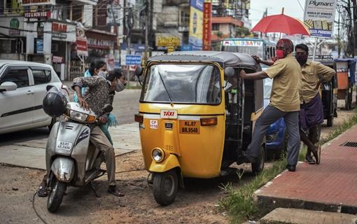 Indija beleži novih 75.800 zaraženih od korona virusa u jednom danu, ukupno je 6,5 miliona