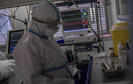 Španija prva država EU sa više od 900.000 infekcija koronavirusom