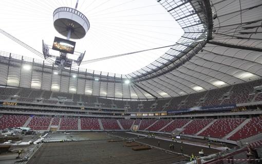 Poljska pretvara Nacionalni stadion u Varšavi u kovid bolnicu