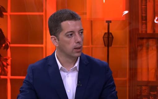 Đurić: Tahiri može da predlaže izmene Ustava ako se kandiduje i pobedi na izborima u Srbiji