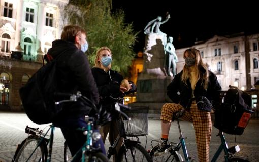 U Sloveniji 1.663 novozaražena, aktivnih slučajeva više od 10.000