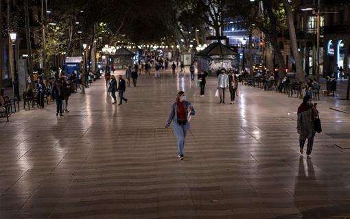 Španija ponovo uvela vanredno stanje, Sančes traži da traje do maja, policijski čas od 23.00 do 6.00