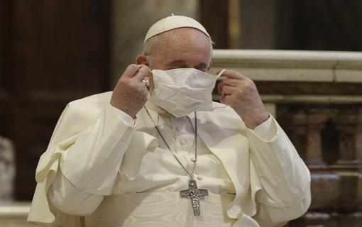 Papa bez vernika i za Božić ove godine