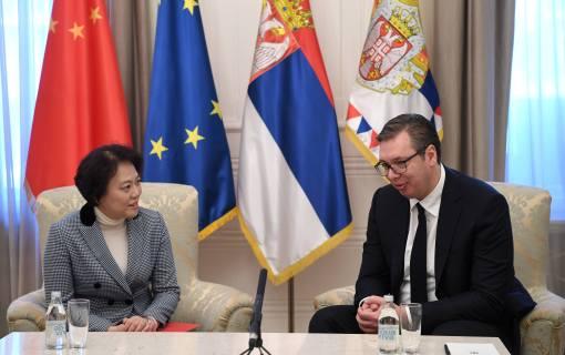Vučić sa Čen Bo o borbi protiv korone i bilateralnoj saradnji