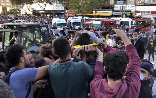 U Turskoj u zemljotresu najmanje 14 poginulih, preko 400  povređenih