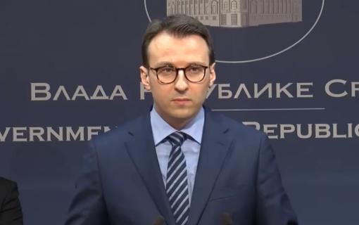 Petković: Ekstremisti pokušali da spale spomenik Milošu Obiliću u centru Gračanice